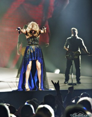 carrie_underwood_carolina_mixer_15